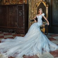 Galia Lahav Officially a Couturier!