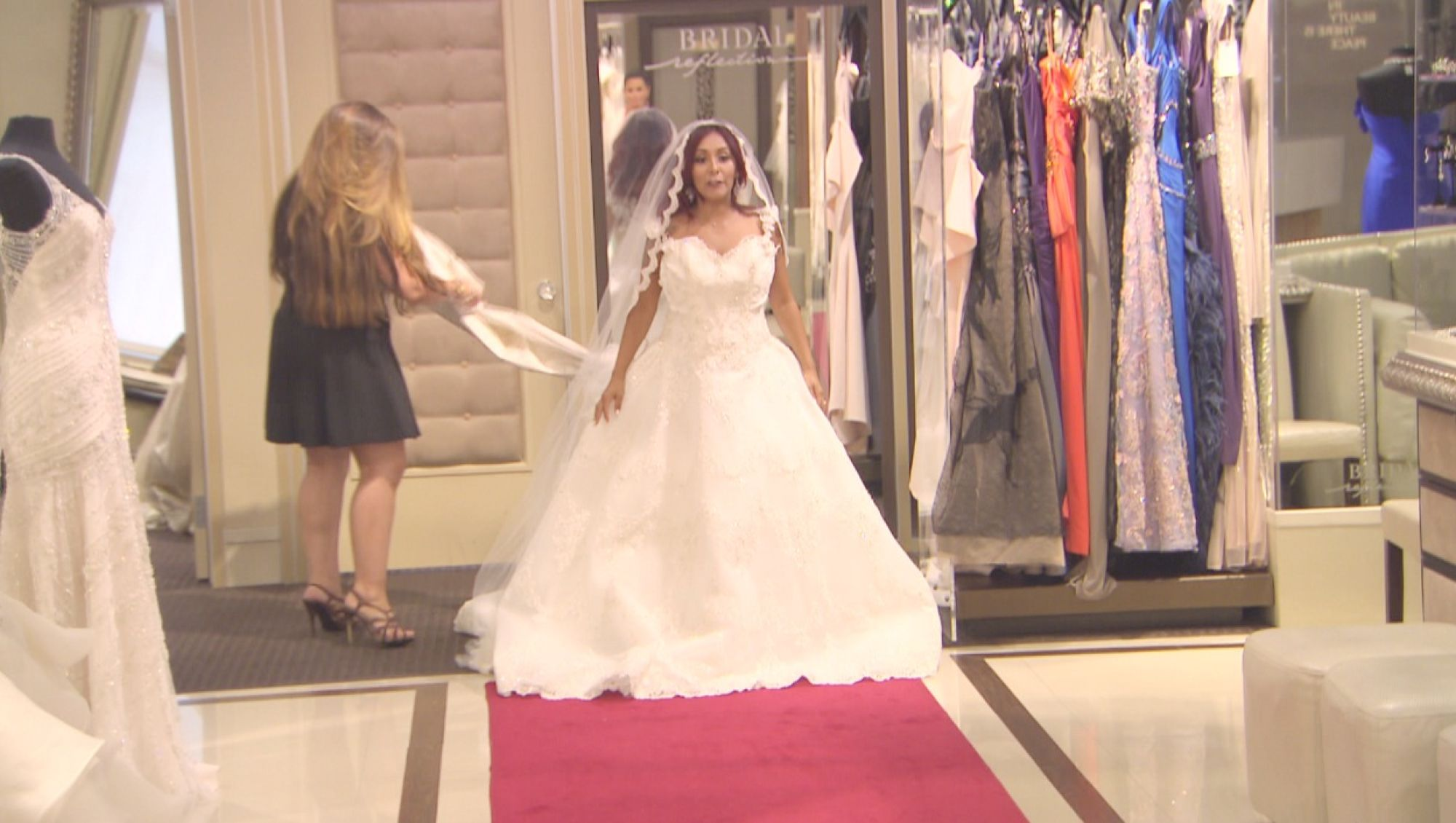 Snooki Trying On Wedding Dresses